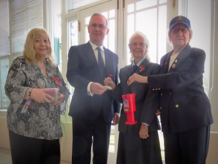 Governor Buys First Poppy of Annual Appeal
